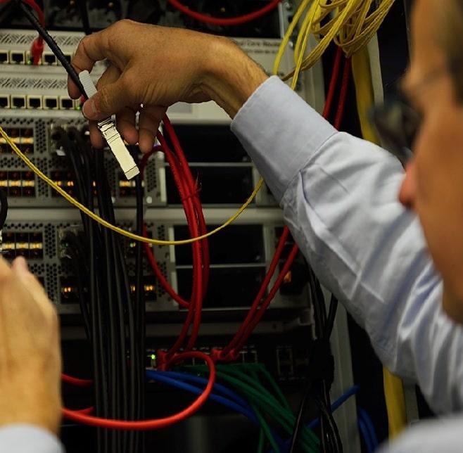 Infogérance serveur cloud : Conception, Déploiement et cloud computing